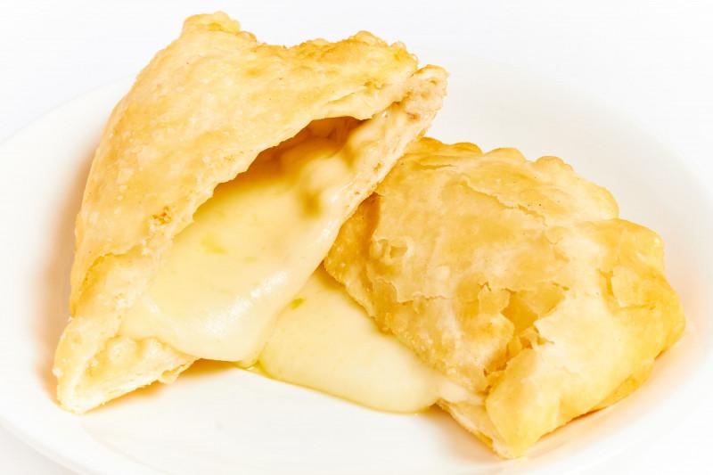 Хушур с сыром
